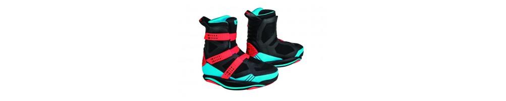 Las mejores botas de wakeboard al mejor precio | Outletwakeboard.com