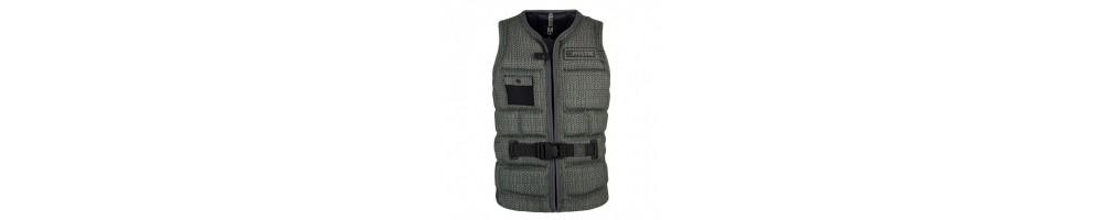 Wakeboard vests that fit best | Outletwakeboard.com